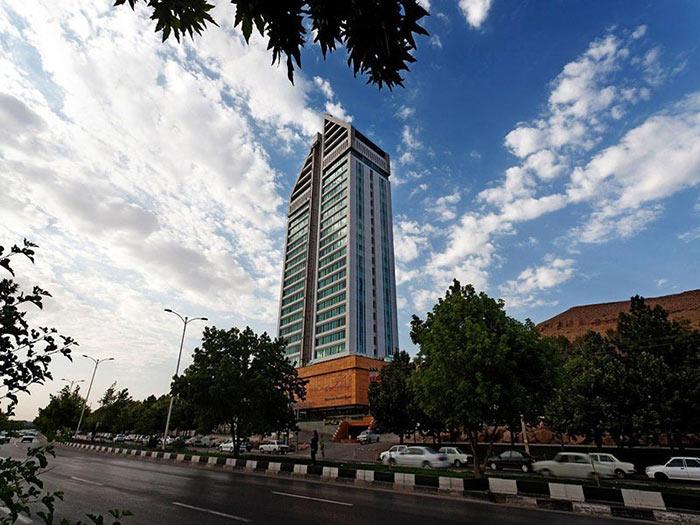 ساختمان هتل چمران شیراز