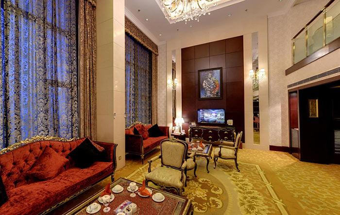 هتل آزادی 5 ستاره تهران
