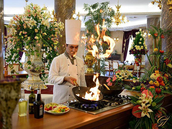 هتل قصر طلایی 5 ستاره مشهد