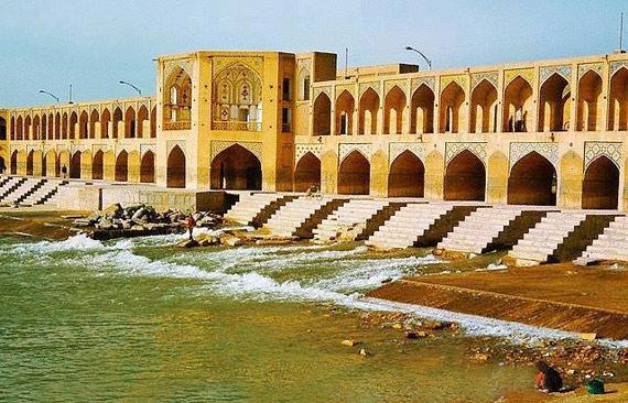 تاریخچه پل خواجوی اصفهان در قدیم