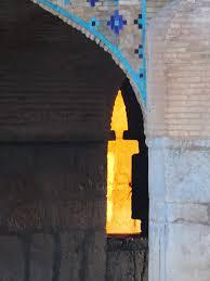 نمای شمع در پل خواجو اصفهان