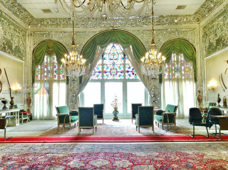 قصر صاحبقرانیه نیاوران