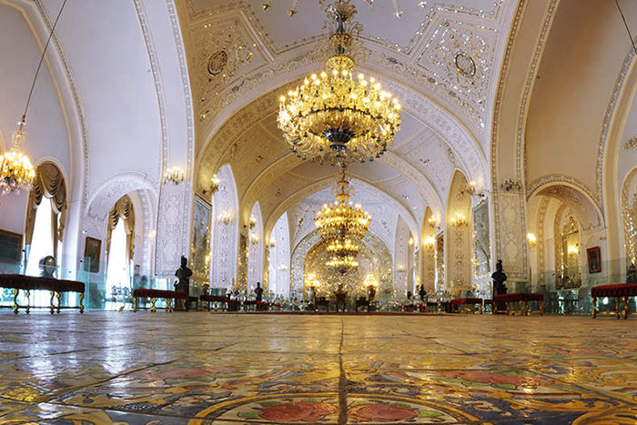 تالار سلام کاخ گلستان تهران